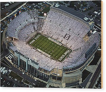 Penn State Aerial View Of Beaver Stadium Wood Print by Steve Manuel