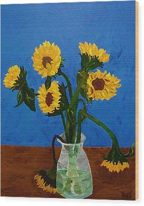 Seven Sunflowers In Vase Wood Print