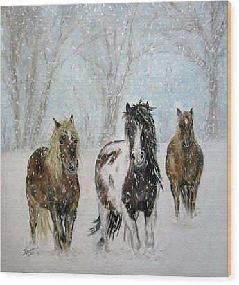 Snow Horses Wood Print by Teresa Vecere