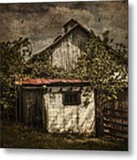 Barn In Morning Light Metal Print