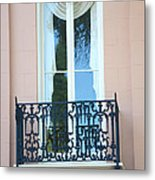 Charleston Pink White Architecture - Charleston Historical District French Quarter Window Balcony Metal Print