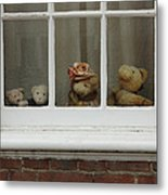Family Of Teddy Bears On The Window. Metal Print