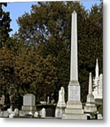 Graceland Chicago - The Cemetery Of Architects Metal Print