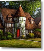House - Westfield Nj - Fit For A King Metal Print by Mike Savad