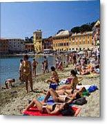 Sun Bathers In Sestri Levante In The Italian Riviera In Liguria Italy Metal Print by David Smith