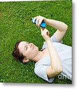 Woman Using Her Iphone Metal Print by Photo Researchers, Inc.