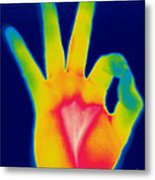 A Thermogram Of A Hand Giving The Ok Metal Print by Ted Kinsman