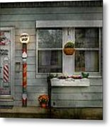 Barber - Belvidere Nj - A Family Salon Metal Print by Mike Savad