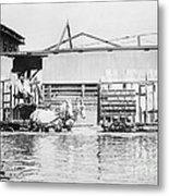 Flooding On The Mississippi River, 1909 Metal Print by Library of Congress