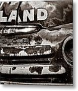 Hi-land  -bw Metal Print by Christopher Holmes