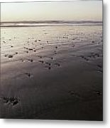 Pebbles Form Patterns On A Sandy Ocean Metal Print by Jason Edwards