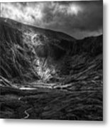 Shaft Of Light At Cwm Idwal Metal Print