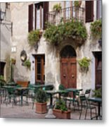Cafe Seating In The Piazza Di Spagna Metal Print by Jeremy Woodhouse