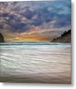 Chief Kiawanda Rock At Cape Kiwanda In Oregon Coast Metal Print