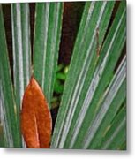Don't Leaf Metal Print