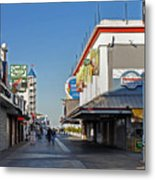 Oc Boardwalk Metal Print by Skip Willits