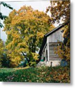 Old Barn In Autum Metal Print