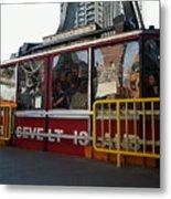 Roosevelt Island Tram Metal Print