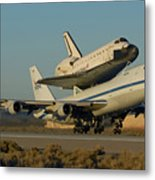 Space Shuttle Endeavour Departs Edwards Afb December 10 2008 Metal Print