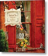 Store - Strausburg Pa - Thistle And Vine Metal Print
