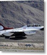 U.s. Air Force Thunderbird F-16 Metal Print