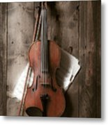 Violin Metal Print by Garry Gay