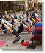 Yoga At Bryant Park Metal Print by Luis Lugo