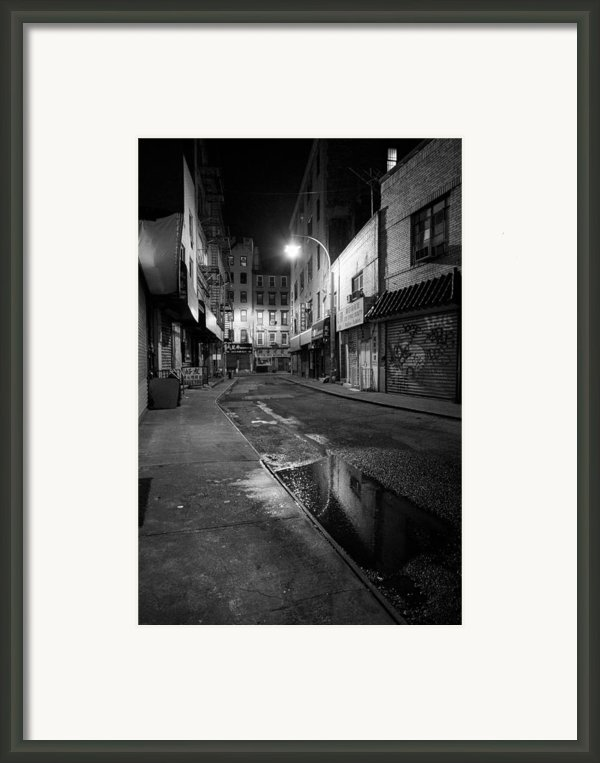 Chinatown New York City - Doyers Street Framed Print By Gary Heller