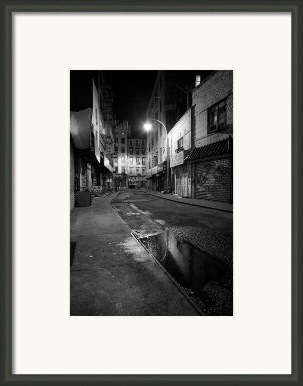 Chinatown New York City - Doyers Street Framed Print By Gary Heller