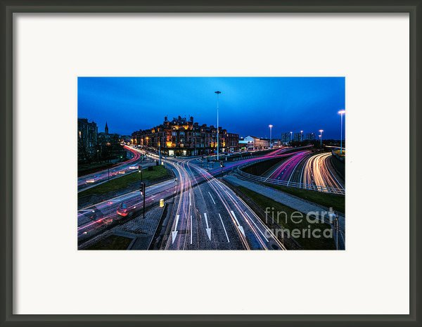 Charing Cross Glasgow Framed Print By John Farnan