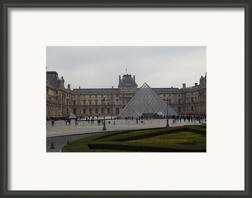 Louvre - Paris France - 01137 Framed Print By Dc Photographer