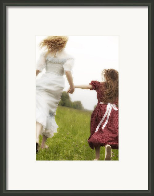 Running Framed Print By Joana Kruse