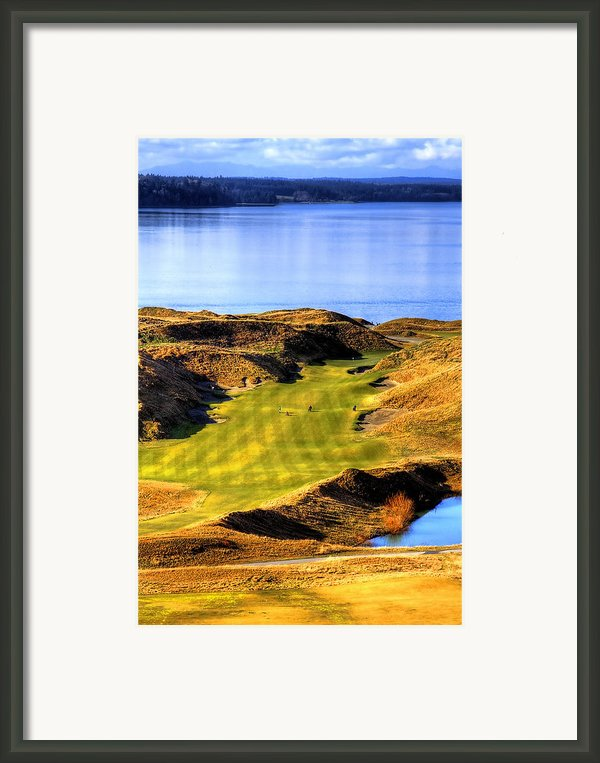 10th Hole At Chambers Bay Framed Print By David Patterson