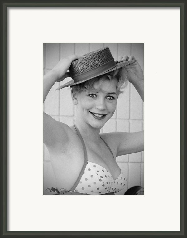 1950s Pinup Framed Print By Chuck Staley