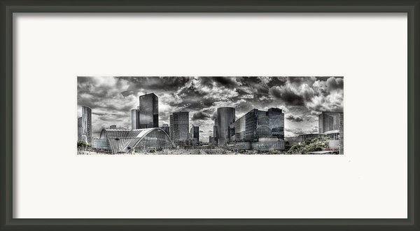 La Defense Paris Framed Print By Melanie Viola