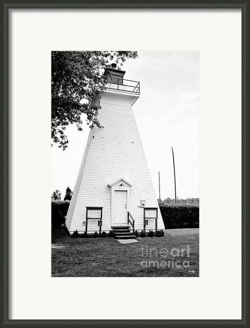 Niagara On The Lake Lighthouse Framed Print By Scott Pellegrin