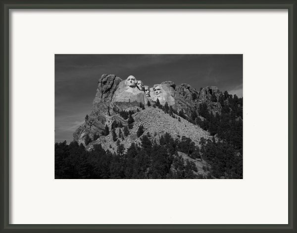 Mount Rushmore Framed Print By Frank Romeo