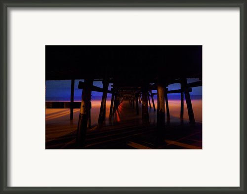 3am Framed Print By Lon Lovett