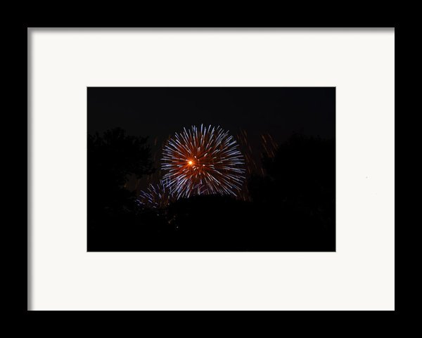 4th Of July Fireworks - 011314 Framed Print By Dc Photographer