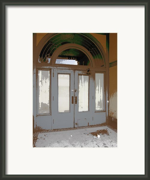 806 North - Out Of The Weather Framed Print By Daniel Hagerman
