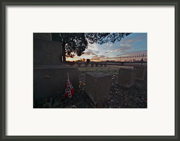 A Remembrance At Franklin Framed Print By Kim Kruger