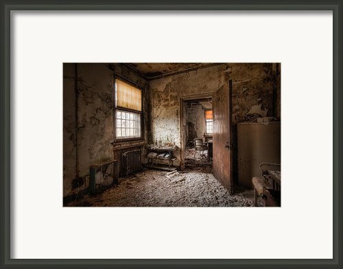 Abandoned Asylum - Haunting Images - What Once Was Framed Print By Gary Heller