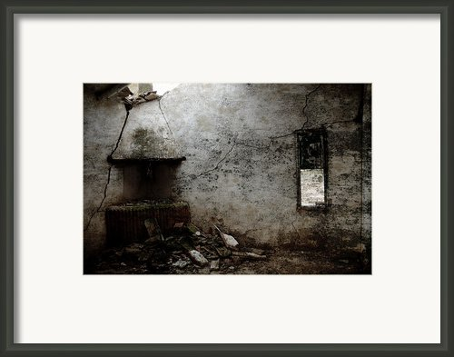 Abandoned Little House 3 Framed Print By Ricardmn Photography