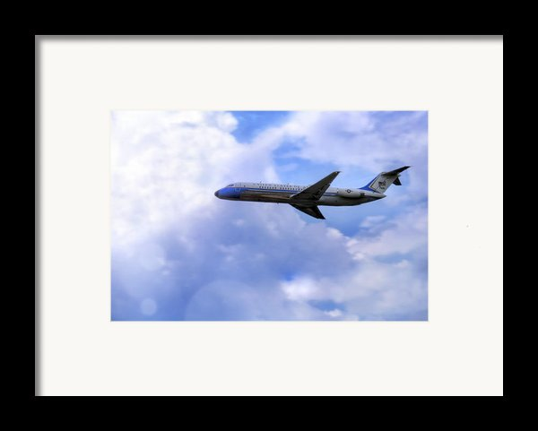 Air Force One - Mcdonnell Douglas - Dc-9 Framed Print By Jason Politte