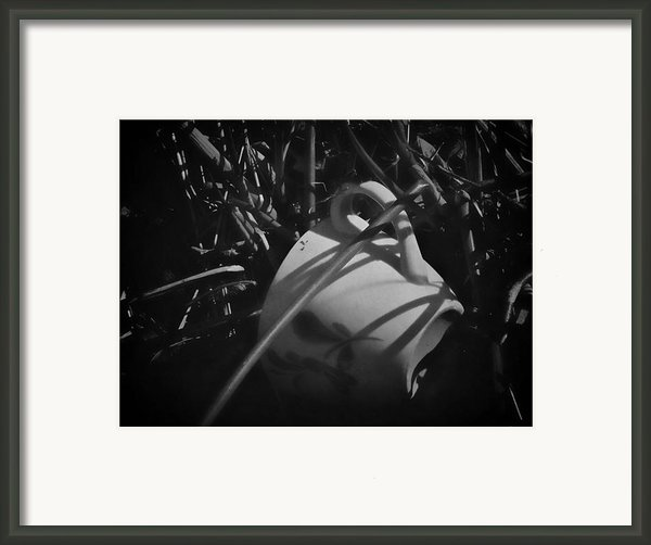 Al Fresco Framed Print By Odd Jeppesen