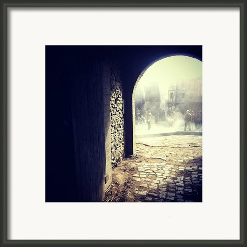 Arch To The Past Framed Print By Linda Billege
