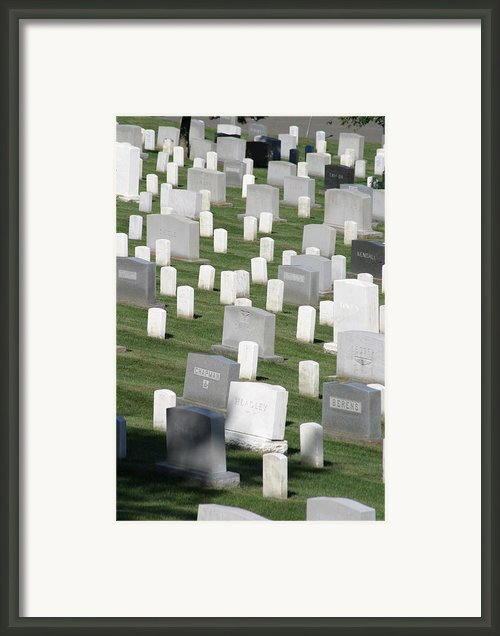 Arlington National Cemetery - 12122 Framed Print By Dc Photographer