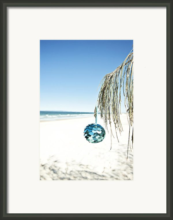 Australian Christmas Framed Print By Gillian Van Niekerk