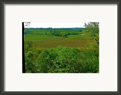 Baker Bluff Overlook At Mile 405 On Natchez Trace Parkway-tn Framed Print By Ruth Hager