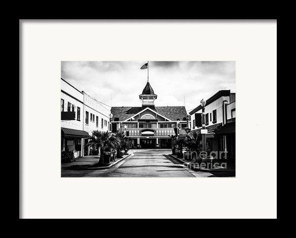 Balboa California Main Street Black And White Picture Framed Print By Paul Velgos